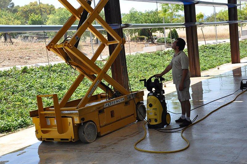 Limpiezas tecnicas top clean empresa de limpieza en - Empresas limpieza mallorca ...